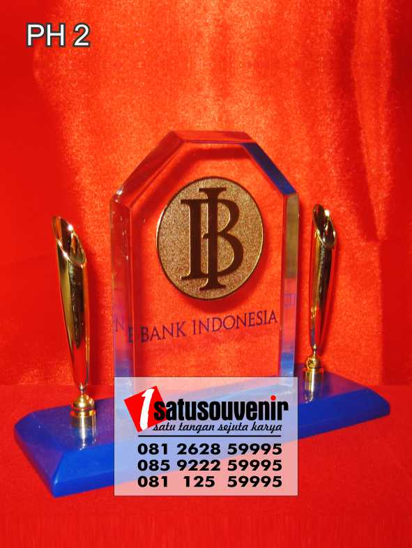 Souvenir Jam Meja | Plakat Pen Holder Bank Indonesia