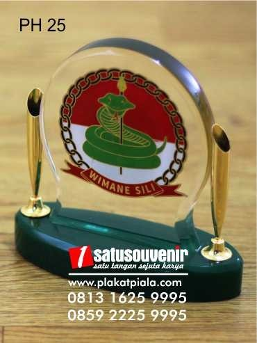 pen holder elegan